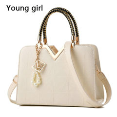 2019 New Summer Female Bag For Ladies Phone Pocket Zipper Woman Handbags Flap Famous Brand Leather white 29*12*13