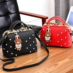 2019 Classic women from shoulder bags fashionable handbags wallet and bear decoration gray one size