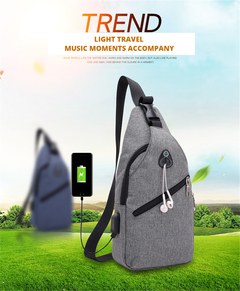 2019 New simple casual male single-shoulder straddle bag with usb charging port small bag chest bag gray 17*9*33