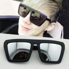 LoveNest Top Classic Men women Hot sunglasses MJN13