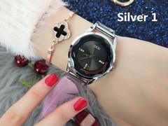 Simple and stylish office lady waterproof diamond Quartz woman's watch Silver 1 one size