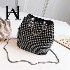 2019 new flash dinner bag rhinestone diamond-encrusted makeup shoulder slung dating bag ins hot boom black one size