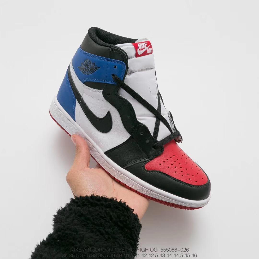 5d2801dbe332 cost-effective version! Head true standard half code! The NIke Air Jordan  AJ1 is an original basketball shoe from the Jordan 1 generation.