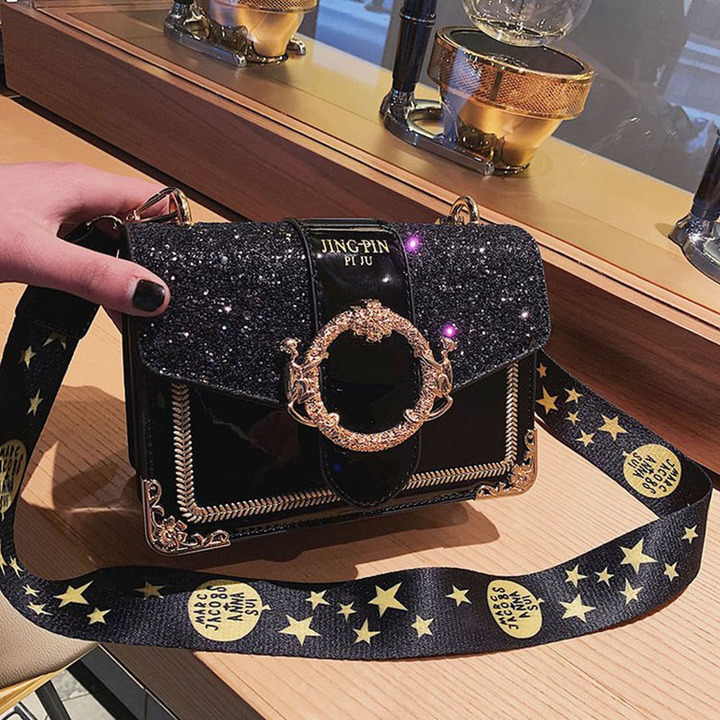 new fashionable Korean version of the 2009 fashion Baitao sequins inclined bag with wide shoulder black thy only