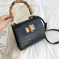 Baggage Girls New Crocodile-like Bamboo Slab Handbag in Summer of 2019 black thy only