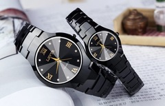 2pcs Classic design watches waterproof fine workmanship watch men&women watches without date 1 one size