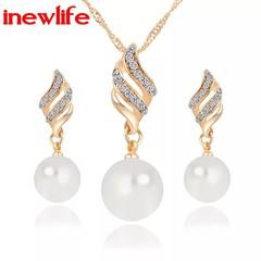 Woman fashion jewellery Set Pearl Stud Earrings Women's Necklace Earrings set gift for girlfriend gold one size