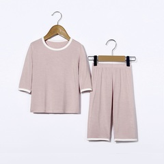 Boy's T-shirt with round collar and short sleeves Lotus root starch 90