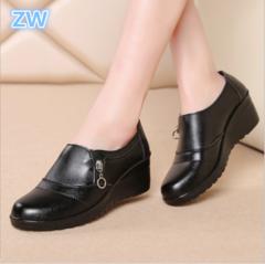Large-sized Women's Shoes With Slope Heels For Middle-Aged And Elderly Leisure Mothers In 2019 black 35