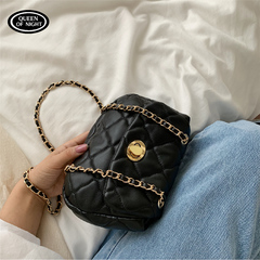 A PU Solid Color Mesh Pattern Metal Chain Evening Bag For Ladies black standard