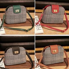 Women's bag fashion shell bag wild Messenger bag single should crossbody bag two size three colors green 22*17*10cm
