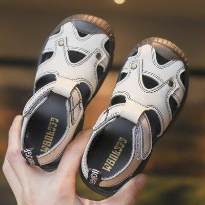 Children's hollow sandals, anti-skid boys'beach shoes, Korean version of leisure fashion sandals Beige white 22