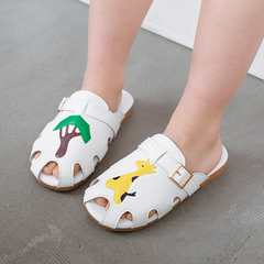Junior Footwear Anti-skid boy sandals Princess Girl Shoes Children Baotou slippers Fawn 26