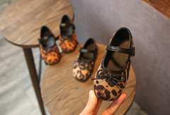 New girls baby shoes leopard bow princess shoes children soft bottom non-slip baby shoes caramel colour 21