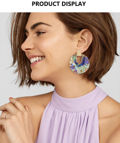 Simple earrings fashion alloy shell earrings female acrylic round earrings Abalone shell color average