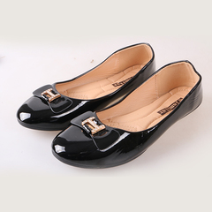 Women fashion Flat Pointed Shoes only one pair per size black 38
