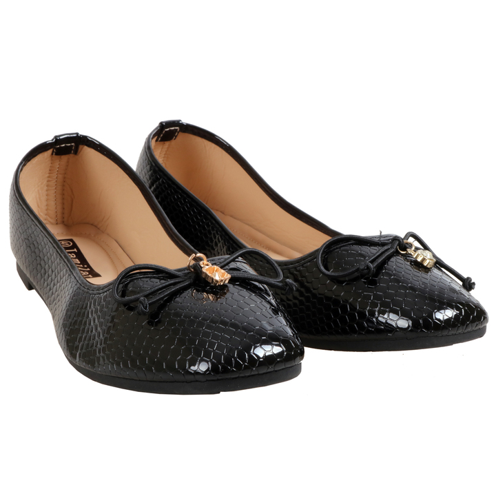 Only 20 PCS in Stock Factory Best Price Women Flat Pointed Shoes ladies shoes women shoes Black 39