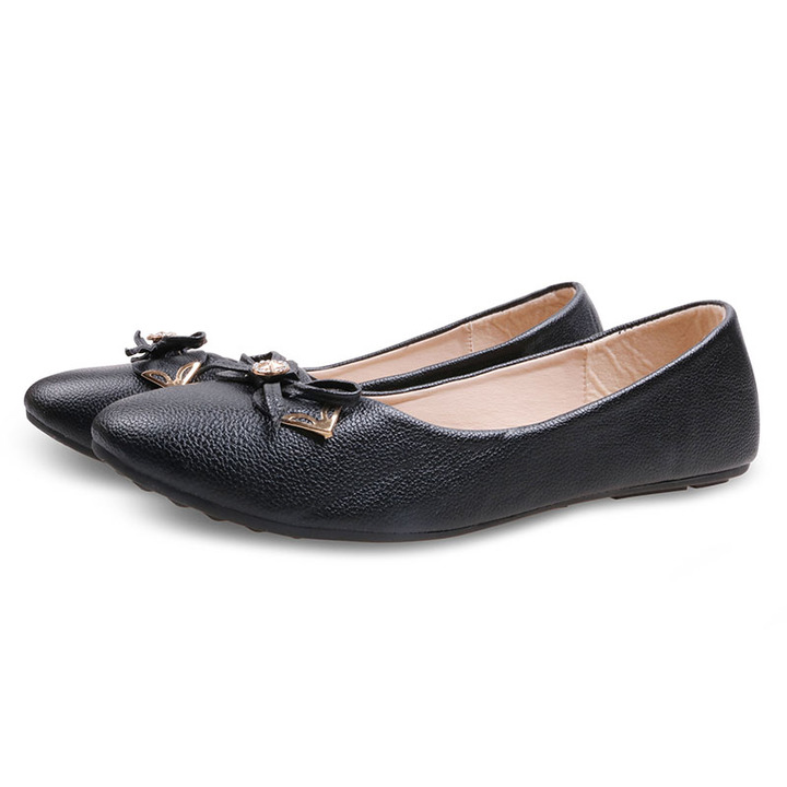 Only 20 PCS in Stock Factory Best Price Women Flat Pointed Shoes ladies shoes women shoes Black 40