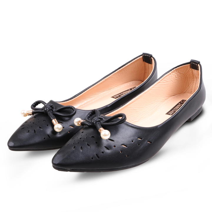 Only 20 PCS in StockBest Price Women  Flat Pointed Shoes ladies shoes women shoes black 38