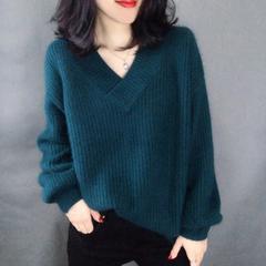 2019 autumn/winter pure color women's get loose knit sweater a word green unifoem code