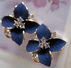 Ear Clip Blue Flowers Crystal Flower Earrings Perforated Female Elegant Earring blue 1