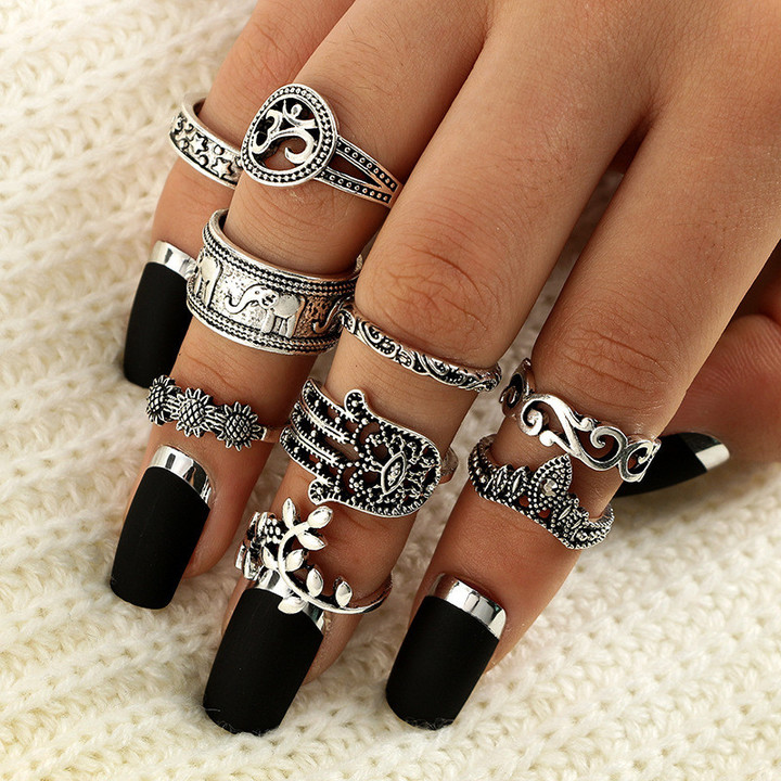 2019 Jewelry 9 Pcs Alloy Rings Women's Fashion Simian Retro-carved Elephant Palm Crown silver 1.5cm-1.7cm