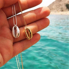 2019 Jewelry Necklace Women's Fashion Hawaiian Wind Alloy Short Clavicle Shell Neck Chain gold one size