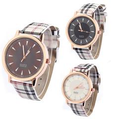 Fashion Wrist Watch Women Check Wristwatches Ladies Classic Luxury Quartz Watches black one size