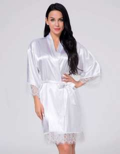 A new set of imitation silk women's sexy pajamas hot sell lace pajamas s white