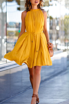 2019 New Fashion Women Strapless Pleated crew neck Off Shoulder Sexy Plain pleated skirt Dresses s As Pictures