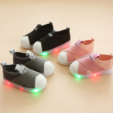Shoes Girl kids fashion glowing casual shoes baby boy LED flash breathable sports shoes gray 21