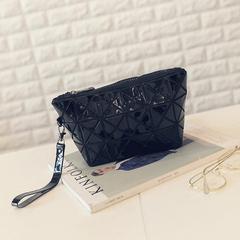 latest Geometric Wristlet Purse Clutch Cosmetic Bag Flexible folding female bag black one size