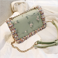 2019 Fashion Flower Embroidered Pearls Leather Shoulder Bag Casual Chain Crossbody Trend Handbag green one size