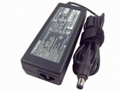 Toshiba Laptop Charger Adapter  - 19V 1.58A - Black