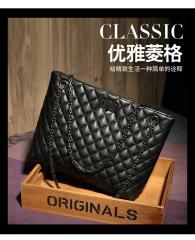 Ladie's High Capacity Handbag Sling Bag Elegant Lingge PU Leather Bag black one size