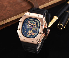 LOOKWORLD The new south Korean fashion both men and women watch ghost head luxurious atmosphere gold one size
