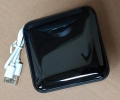 10000mAh Power Bank  three in and four out, mirror with lights, digital display, dual lights Black 10000mAh