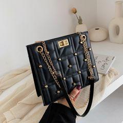 Women's bag 2021 new female rivet rhombic chain small square bag Korean single shoulder diagonal bag black