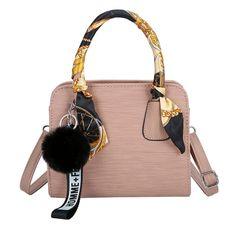 Women's bag Messenger bag women's 2020 new fashion simple Joker ladies hand bill shoulder bag pink