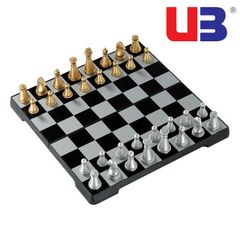 International chess Game Set  32 Gold Silver Chess Pieces Magnetic Board Game Set Christmas gifts as picture one size