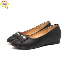 Random gift ladies' single soft shoes women's PU leather shoes flat shoes slope heel hoes work shoes Black 40