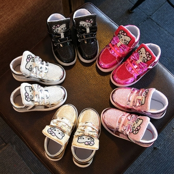 Cute Baby Girls Athletic Shoes Breathable LED Light Children Shoes Soft-soled Anti-skid Casual Shoes silver 29