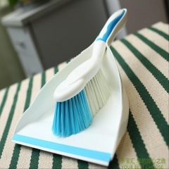 Small Desk Broom Dustpan Combination Set blue as picture