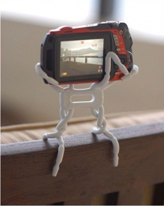 New Spider Flexible Grip Holder Stand Mount for iPhone SAMSUNG HTC Phone White 1.5*4.5*6.8cm