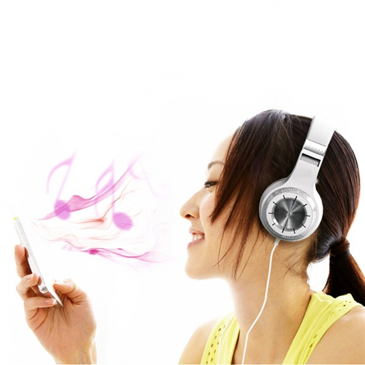 Wireless Bluetooth Version 4.1 Headset Brand Stereo Earphones with Microphone Handsfree Calls White