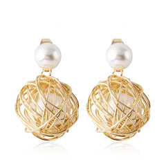 RONI Lady hollow gold ball pearl earrings women personality fashion earrings golden all code