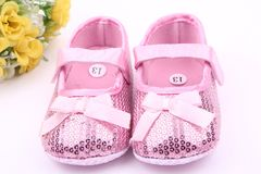 RONI Baby girl  sequins cloth walking shoes non-skid breathable toddler shoes casual shoes Pink 11(10.5cm)