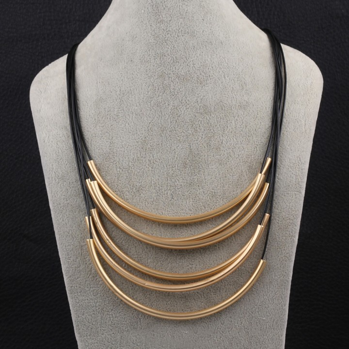 IDM Metal geometry model in Europe and the gold chain necklace gold alloy