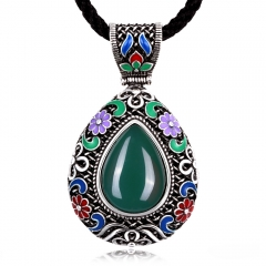 National wind classic retro wind water drop shaped corundum lady necklace. green one size