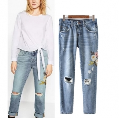 The new European and American fashion wind worn flowers washed embroidered jeans female as the picture s